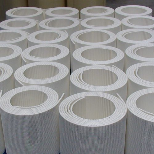 Witte PVC Banden met Zaagtandprofielen